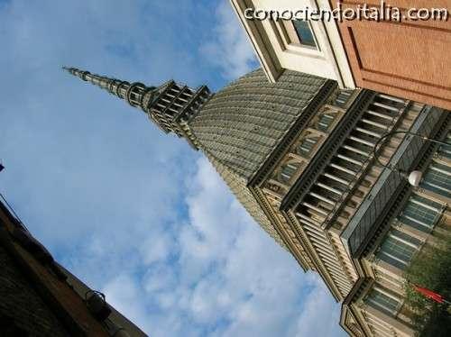 Torre antonelliana de Turín