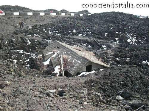 Casa en las faldas del Etna