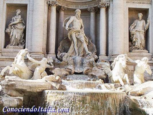 Neptuno y los dos tritones de la Fuente de Trevi