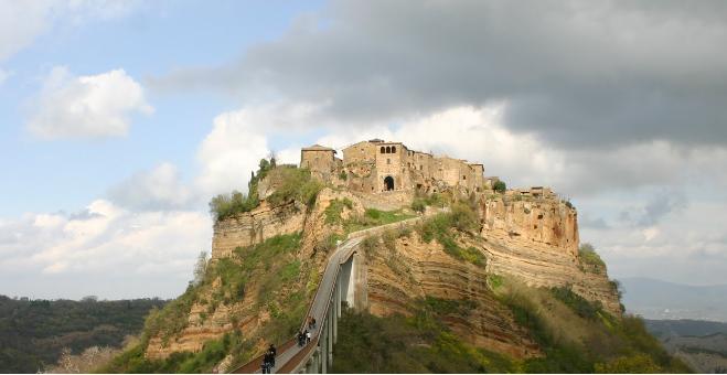 Cività di Bagnoregio, Que ver, hacer y como llegar desde Roma