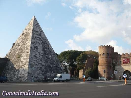 Vista piramide de Roma