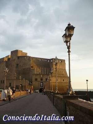 Aeropuerto de Nápoles y como llegar al centro de la ciudad