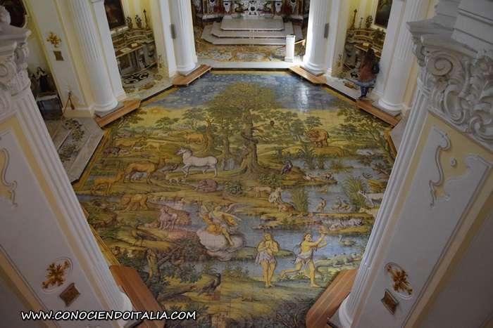 Vista piso maiólica Iglesia de San Michele